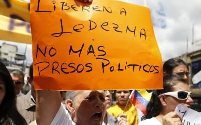 Raul diz que prisão de prefeito venezuelano é arbitrária
