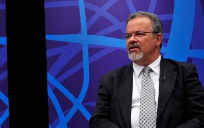 STF atende pedido de Raul contra ministro