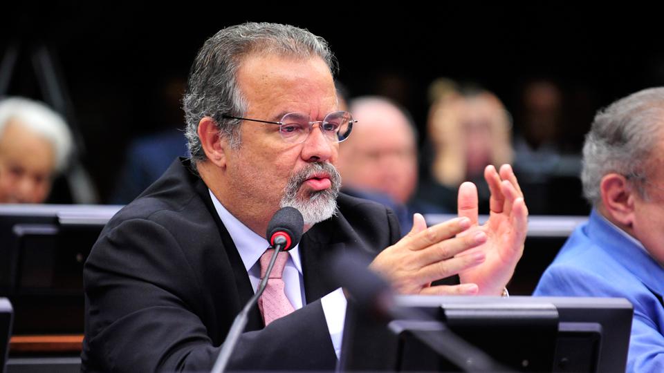 Relatório de Raul Jungmann sobre banco dos Brics é aprovado