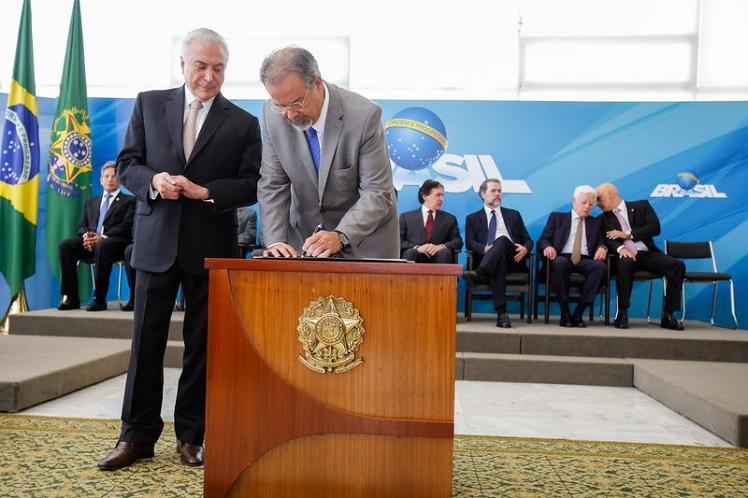 Raul Jungmann toma posse como Ministro da Segurança Pública